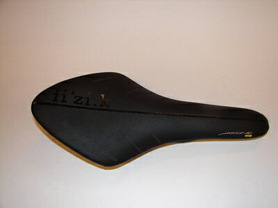 【FIZIK/フィジーク】ARIONE 00 カーボンレール for スネーク サドル【中古】【スポーツ関連】