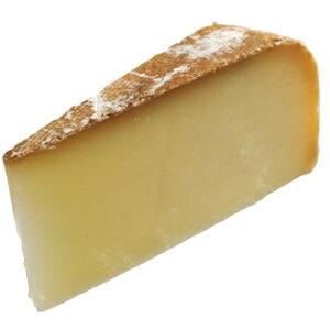 【Kgあたり11,880円】羊乳 セミハード チーズ オッソ イラティー  約480〜不定貫  AOC 90日以上熟成 フランス産  毎週火・木発送
