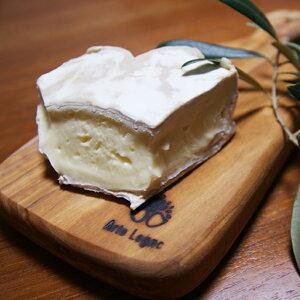 白カビチーズ クールドヌーシャテル AOP 200g フランス産 ハート型 無殺菌乳/ヌフシャテル 毎週水・金曜日発送 2021 バレンタイン ワイン好き ハート