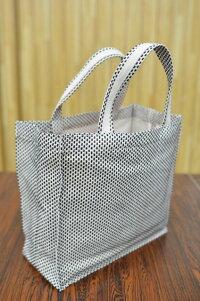 軽くてちょっとしたお出かけに重宝する手持ちの小型トートバッグ幻の手織り三河木綿「刺子(さしこ)」にエコ帆布「由布(ゆう)」をアレンジしたOTOMEFUO(おとめふう)Sサイズ