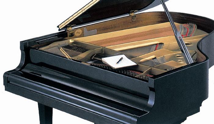 ♪【クリア】グランドピアノ フロントフレームカバー クリア 埃よけに便利です! レッスン用品 ピアノ用品 ピアノの埃や消しクズをガード!