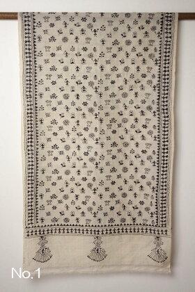 インドウエストベンガル州の手刺繍シルクストール