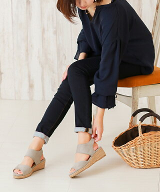 2018新作5cmヒールで美脚も歩きやすさも履きやすいゴムストラップウェッジソールサンダル