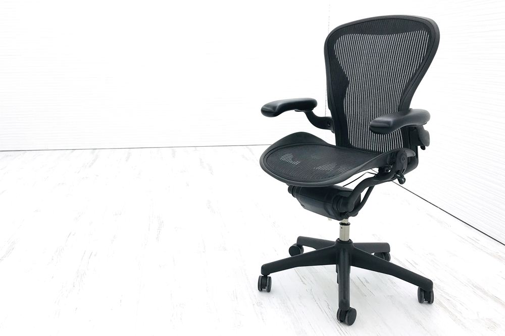 アーロンチェア 中古 ハーマンミラー Bサイズ フル装備 (ランバー無) アーロン Herman Miller オフィスチェア 中古オフィス家具 椅子 肘レバータイプ