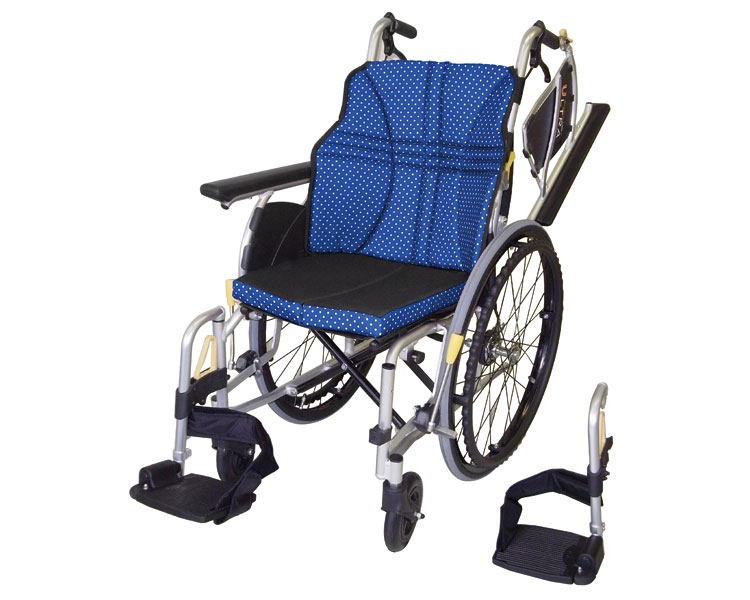 アルミ自走車いす ウルトラ NA-U2W 日進医療器 【RCP】【介護用品】