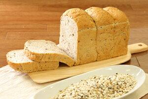 穀王(2斤)【栄養価の高い健康パン】美味しいパン お取り寄せグルメ テレビ 美味しい お取り寄せ パン -パン工房カワ-