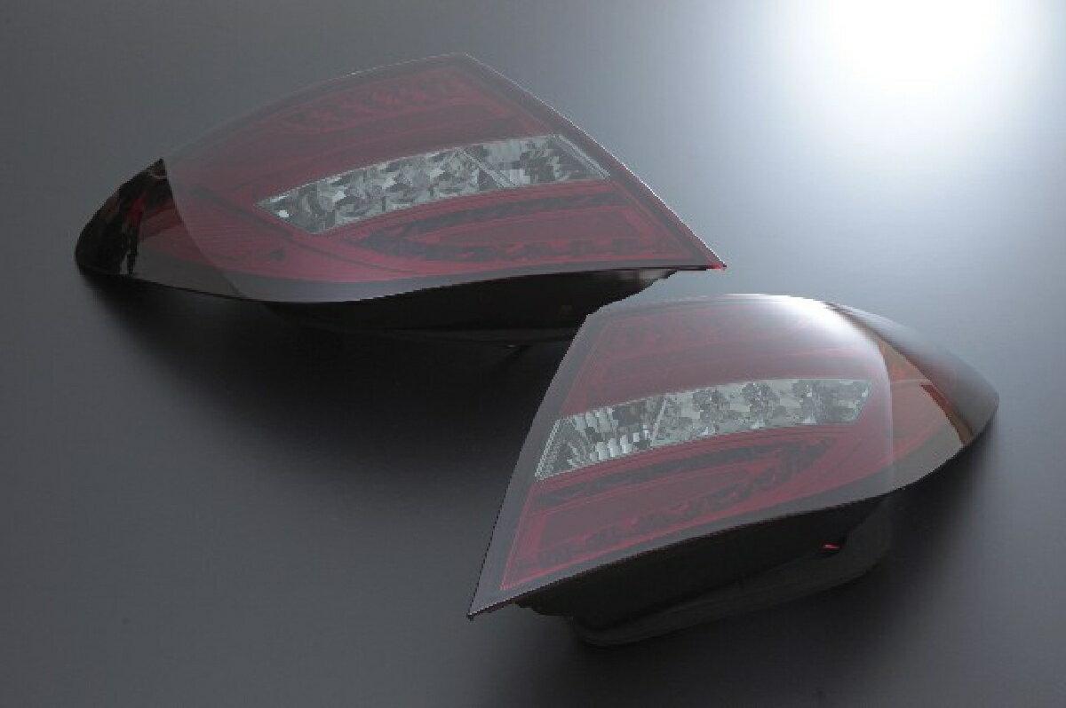 SONAR(ソナー) テールライト メルセデス・ベンツ Cクラス LED ライトバー テール レンズ レッド&スモーク 11-13 BENZ W204 C-CLASS 後期