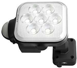 【物流倉庫出荷品・大感謝価格】ムサシ RITEX フリーアーム式LEDセンサーライト(8W×1灯) 「コンセント式」 防雨型 LED-AC1008