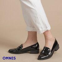 【OMNES】パテントローファーレディースシューズ22.5〜25cmレインシューズエナメル低ヒールスリッポンシューズフラットシューズブラックホワイト