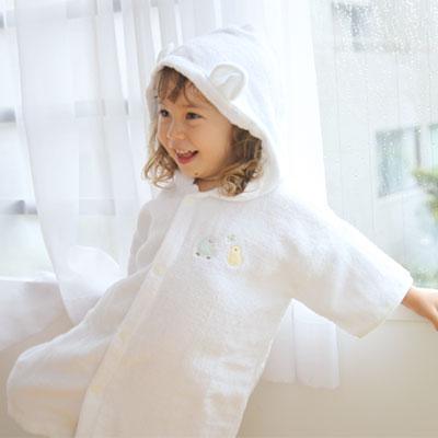 出産祝いにも!ふわっふわタオル×サラサラガーゼが気持ち良い♪赤ちゃん用のバスローブ『ふわサラ袖付き湯上がりバスローブ』