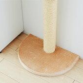 柱や壁、カーテンへの傷も気にせず猫ちゃんの欲求を満たしてくれるタワー。