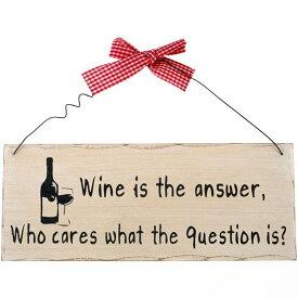 (サムシング・ディファレント) Something Different ウォールサイン Wine Is The Answer ハンギング 看板 デコレーション 飾り 【楽天海外直送】