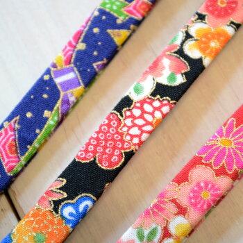 ネコ首輪日本製和の花柄<くす玉鈴付き仕様>