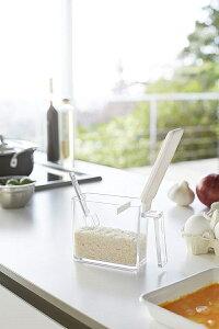 調味料ストッカー アクア S ホワイト 粉物入れ 塩入れ 砂糖入れ 調味料ケース 保存容器 計量スプーン付き ギフト プレゼント