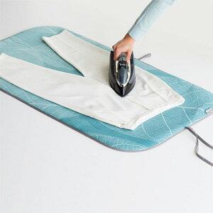 【即出荷】\ページ限定・カードケース付/ 折りたためるアイロン台 【ブラバンシア アイロンブランケット】 アイロンマット 折り畳み式 床やテーブルでアイロン掛け