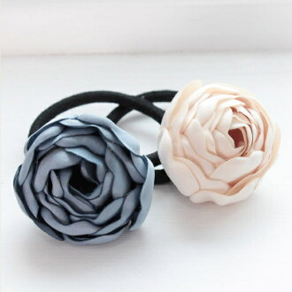 The child flower wedding ceremony kids hair rubber invite outing presentation casual clothes corsage white blue cream that child adult of the Rora きゅんと flower hair rubber (2color) handicraft hair accessories rubber flower woman-like refined four Malle ha