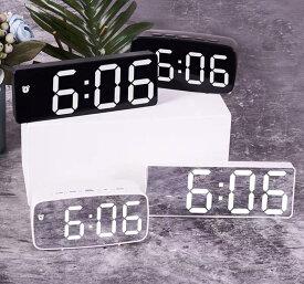 デジタル置き時計 時計 デジタル置時計 おしゃれ時計 デジタルクロック おしゃれ シンプル デジタル時計 アラームクロック ミラー時計 近代的 置き時計 電池時計 USB電源 気温 室温 アラーム おしゃれ インスタ映え 韓国雑貨 プレゼント ギフト 誕生日 【送料無料】