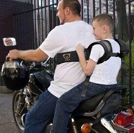 親子でツーリング 持ち手付きで安心 タンデムベルト 二人乗り バイク