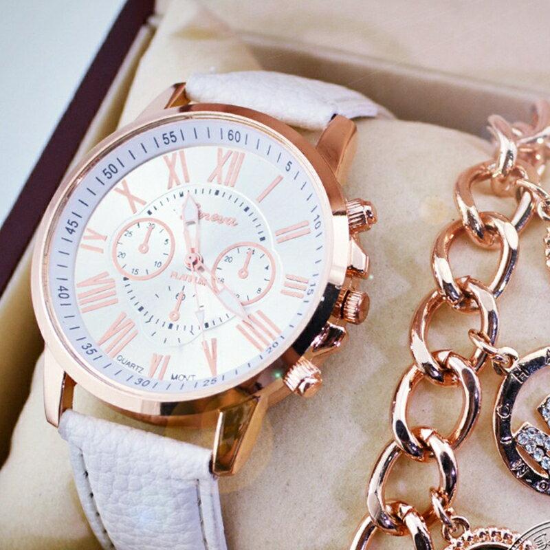 腕時計 うで時計 時計 可愛い かわいい おしゃれ オシャレ お洒落 ベルト 革ベルト 針 アナログ 文字盤 ピンクゴールド キラキラ きらきら 女性 レディース 女の子 白 黄 紫 緑 青 黒 茶 ホワイト イエロー パープル グリーン ブルー ブラッ