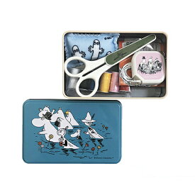 ムーミン ソーイングセット 14507 裁縫セット 裁縫 裁縫道具 メジャー ティン缶 かわいい 収納ケース付き はさみ 針 ピンクッション ミニ レトロ 絵本 男の子 女の子 グッズ 雑貨 SET にょろにょろ ムーミンファミリー キャラクター メール便不可