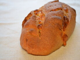 全粒粉100%チーズパン