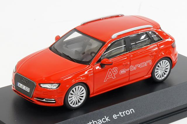 ミニカー 1/43 アウディ特注/スパーク Audi/Spark(5011403013) アウディ A3 スポーツバック E-tron 2014年 レッド