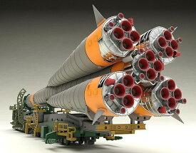 グッドスマイルカンパニー 1/150 ソユーズロケット+搬送列車 スケールプラモデル 4580416933674