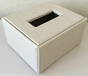 ハーフティッシュケース レザー ベージュ W120×D140×H70mm