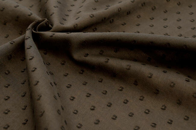 ●コットン カットドビー 50/ボイル 生地 《ダークブラウン》■繊細な50番手の糸を使用したふんわりとしたカットドビーボイル生地です♪【 コットン 生地 】【 コットン 無地 】【 綿 生地 】