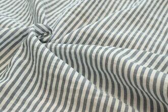 ●对有清凉的感的条纹的上一个染色布料在有棉布的前方染色巴里纱地爽快的条纹《深蓝》■透明感的棉布巴里纱地成为。