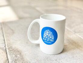 【Bluetree Cafe】ハワイ限定 希少 ブルーツリーカフェ オリジナル ロゴ マグカップ カカアコ ハワイ HAWAII ホノルル HONOLULU コーヒー カフェ 陶器 ホワイト ブルー スティーヴアオキ スティーヴ青木 ハワイ買い付け 海外雑貨 プレゼント ギフト 贈り物