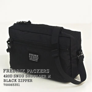 【先行予約受付中/7月末-8月末入荷予定】フレドリックパッカーズ/FREDRIK PACKERS スナッグショルダーM【ブラックジッパー】420Dパッククロスショルダーバッグ オールブラック SNUG SHOULDER M【BLACK ZIPPER】700065351【コンビニ受取可能】【a*】