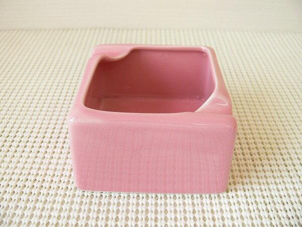 (訳あり)陶製のスクエア灰皿(ピンク)【おしゃれ 灰皿 業務用 陶器 喫煙具 喫煙グッズ アシュトレイ】