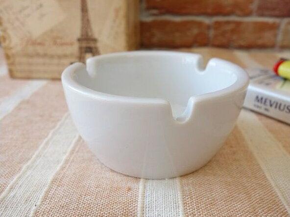 厚手に作った9cm丸形灰皿【おしゃれ 灰皿 業務用 陶器 喫煙具 喫煙グッズ 小さい アシュトレイ】