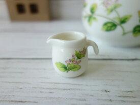 ペパーミントのお花の1人用ミルクピッチャー(Aタイプ)カフェクリーマー ミルクポット クリーマー 陶器 通販 ソースポット ソース入れ