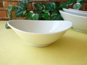 洋食器 ソフトオーバル14cm杏仁豆腐ボール 小鉢楕円皿 白い食器 カフェ食器 業務用食器 美濃焼