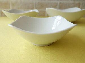 洋食器 スクエアーミール12cm杏仁豆腐ボール小鉢角皿 白い食器 カフェ食器 業務用食器 美濃焼