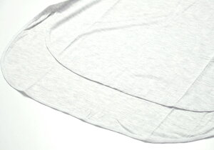 [AUMNIE]SSENTIELハイロースプリットサイドTee(女性用半袖Tシャツ)★【メール便送料無料】18SSヨガウェアヨガウエアトップスカットソーホットヨガ速乾レディースアムニーaumnieジム海外ブランドSSENTIEL1HILOSPLITSIDETEE 80131 「OS」