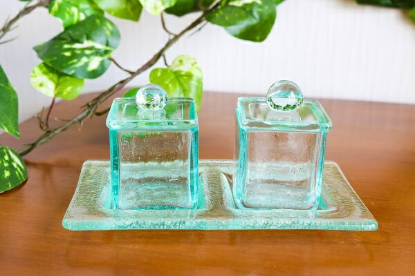 ガラス アロマオイル ボトル ガラストレー付(中・四角)アジアン バリ 雑貨