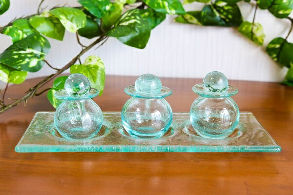 ガラス アロマオイル ボトル 3個セット ガラストレー付(小)アジアン バリ 雑貨