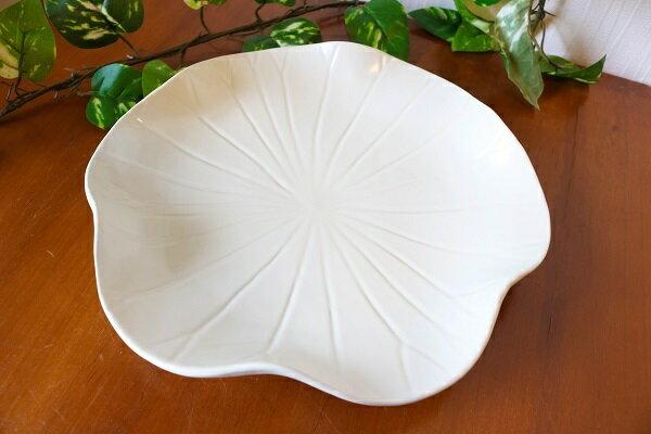ロータス 葉っぱ形 プレート 【JENGGALA KERAMIK】 ジェンガラケラミック 食器 皿 アジアン バリ
