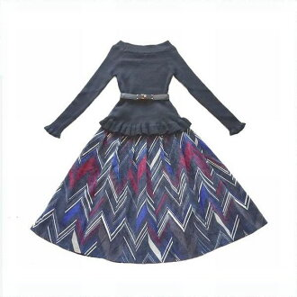 It is a skirt the knit long sleeves knit flared skirt which the line of two points of set ★ frill knit & corduroy print skirt bodies shows neatly softly in skirt tea-length skirt knee-length skirt adult refined style Lady's good quality heaviness set