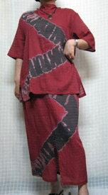 【送料無料】くの字絞りの個性派 ツーピース 赤 綿100% ゆったりサイズ40代.50代.60代.70代 個性派シニア ミセス レディースファッション