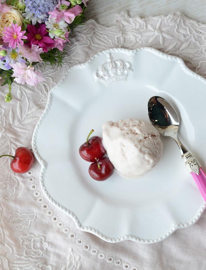 クラウンセラミック ラウンドプレートS 3032【H】【輸入洋食器 白い食器 陶器食器 フレンチカントリー 中皿 丸皿 おもてなし クラシック調 アンティーク調 おしゃれ パーティー】