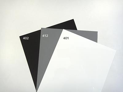 ブラック、グレー、ホワイト
