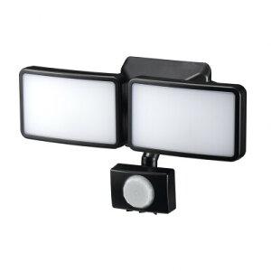YAZAWA(ヤザワ) LEDセンサーライト ACコンセント式 6W白色LED×2灯 リモコン付 SLR6LEA2