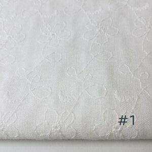 ダブルガーゼの刺繍レースコットンです。綿100%・国産生地刺繍のやわらかさと手触りさがホットします。39071-1・・刺繍の小さな花が飛んだり切れたりしているかわいいコットンレースです