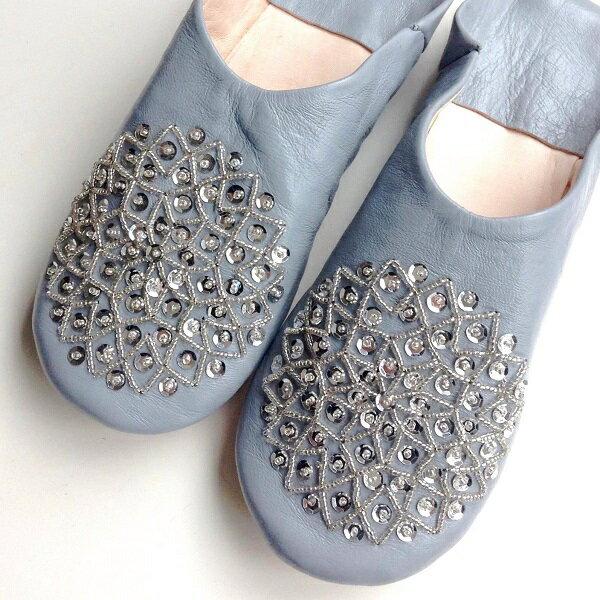 モロッコ スパンコール ビーズ バブーシュ グレー◆室内履き スリッパ ルームシューズ 靴 モロッコ雑貨 女性 手作り 刺繍 母の日 引越し お祝い ギフト プレゼント かわいい 可愛い おしゃれ フェアトレード【メール便可】