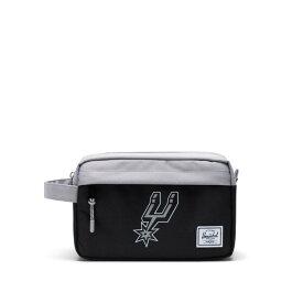 Herschel Supply(ハーシェルサプライ)Chapter Travel Kit サンアントニオ・スパーズ/NBA Super fan San Antonio Spurs バスケットボール /