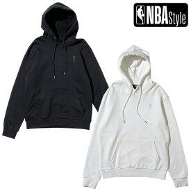 【NBA Style 2021 SS】 NBA ロゴマン プルオーバーフーディー / ブラック アイボリー